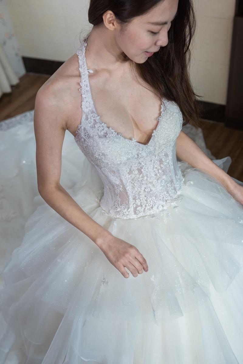 小花試穿文 - 黛門婚紗工作室