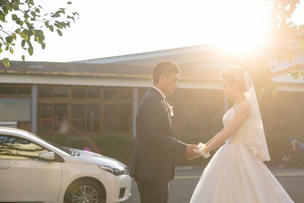 新人結婚的喜餅自己不能吃嗎?