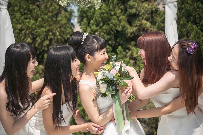 戶外婚禮就像在自家開PARTY