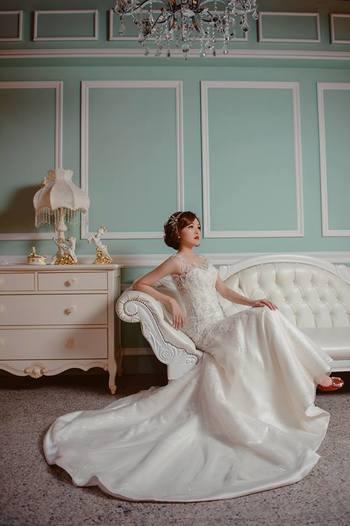 Diosa 蕾絲。紗 手工婚紗