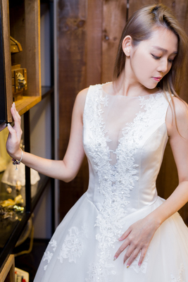 幸福感婚紗手工禮服Happiness wedding
