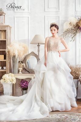 Diosa 蕾絲。紗 手工婚紗婚紗禮服