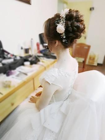 Karen潼恩正妹新娘-郁惠 白紗迎娶造型