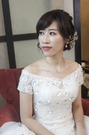 【bride】雅緻清麗&性感知性的婚禮造型 新娘花環  慶泰飯店 新娘Tina