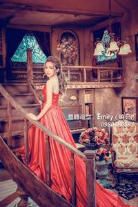 Emily Tseng Make Up/新娘祕書/婚紗造型/時尚彩妝/花環設計