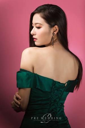 台北新秘雨晴|氣質魚尾晚禮服,時尚簡約造型