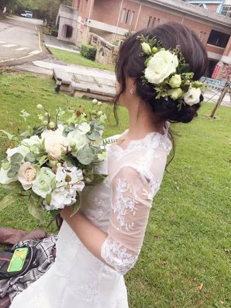 白紗鮮花造型