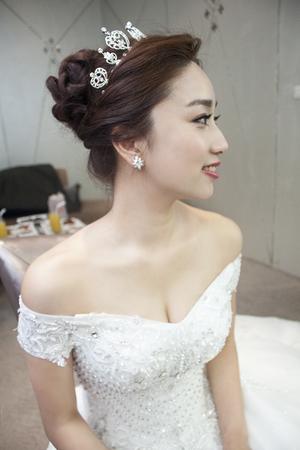 經典雋永的白紗盤髮造型 民生晶宴 新娘Anthea