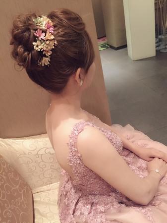 Isa婚禮造型_玫岑