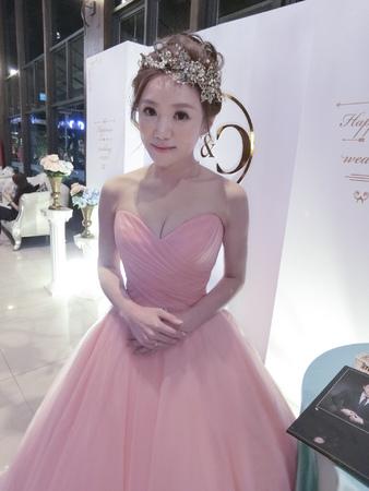 Wedding-青青 清透大眼妝/俐落油頭/時尚甜美