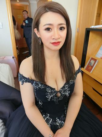 芷瑀wedding❤️女星紅毯造型