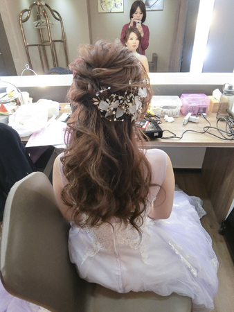 Wedding-宜穎  #氣質編髮 #手工乾燥花 #氣勢白紗