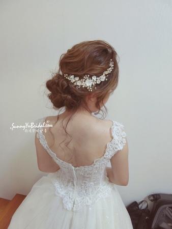 新娘結婚白紗妝髮造型-精選  | 台北內湖新秘雨晴