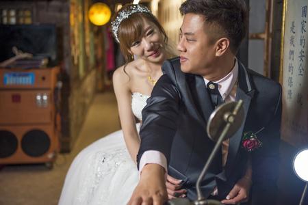 緯于 + 玉惠 結婚之喜