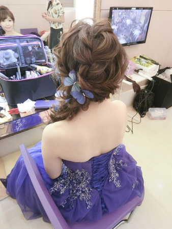 Wedding-筱君 典雅白紗盤髮/編髮線條/古裝 漢服造型/蝴蝶不凋花