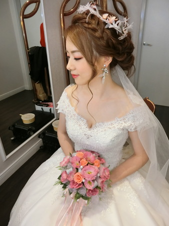 Lulu wedding❤️小清新風格❤️甜美婚宴造型