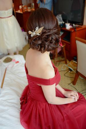 好媳婦造型盤髮.三股編髮.線條、二股編髮