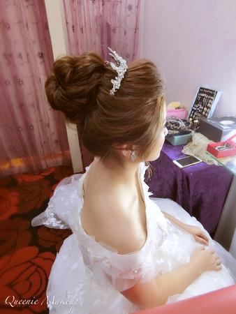花苞搭長頭紗