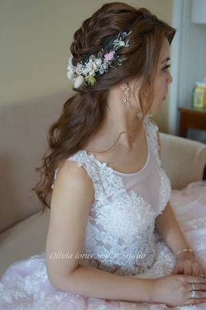 清新浪漫甜美新娘造型