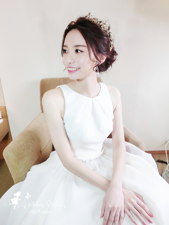法式簡約王妃+編髮蝴蝶結11/18玟葶