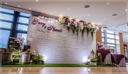 古華花園飯店婚禮佈置-國際廳『自然簡約浪漫風-紫白色』婚禮...1061112