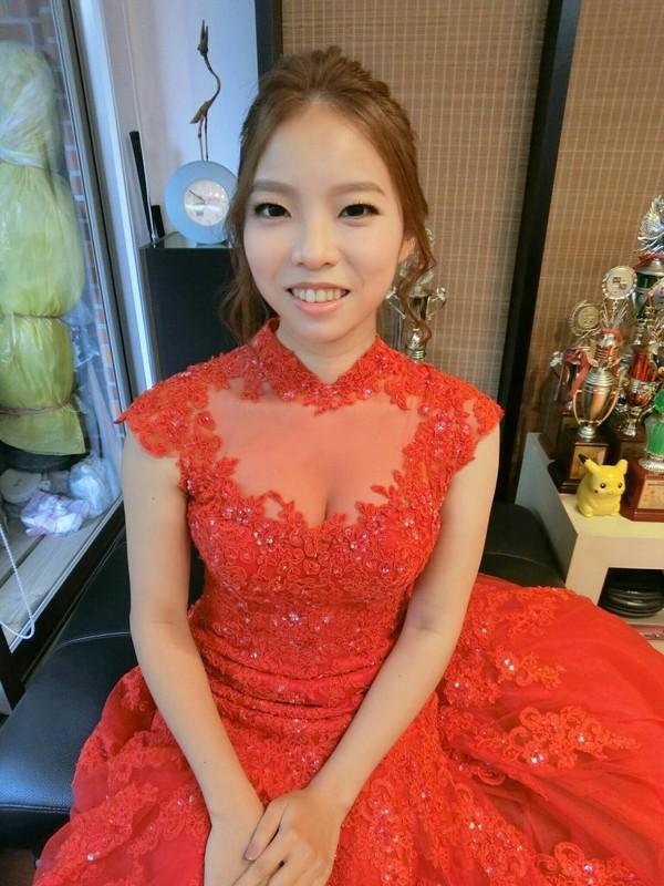儀式紅禮服