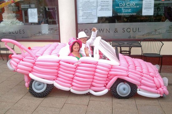 #7670802 EXCLUSIVE... ***EXCLUSIVE*** Collect Picture.  A pink cadillac car Thelma Levett made out of balloons. Thelma Levett lives in a balloon world. She has spent the last 15 years making everyday objects out of balloons. She has just mad a Kate Middleton wedding dress out of 5000 balloons. Restriction applies: USA ONLY  Fame Pictures, Inc - Santa Monica, CA, USA - +1 (310) 395-0500