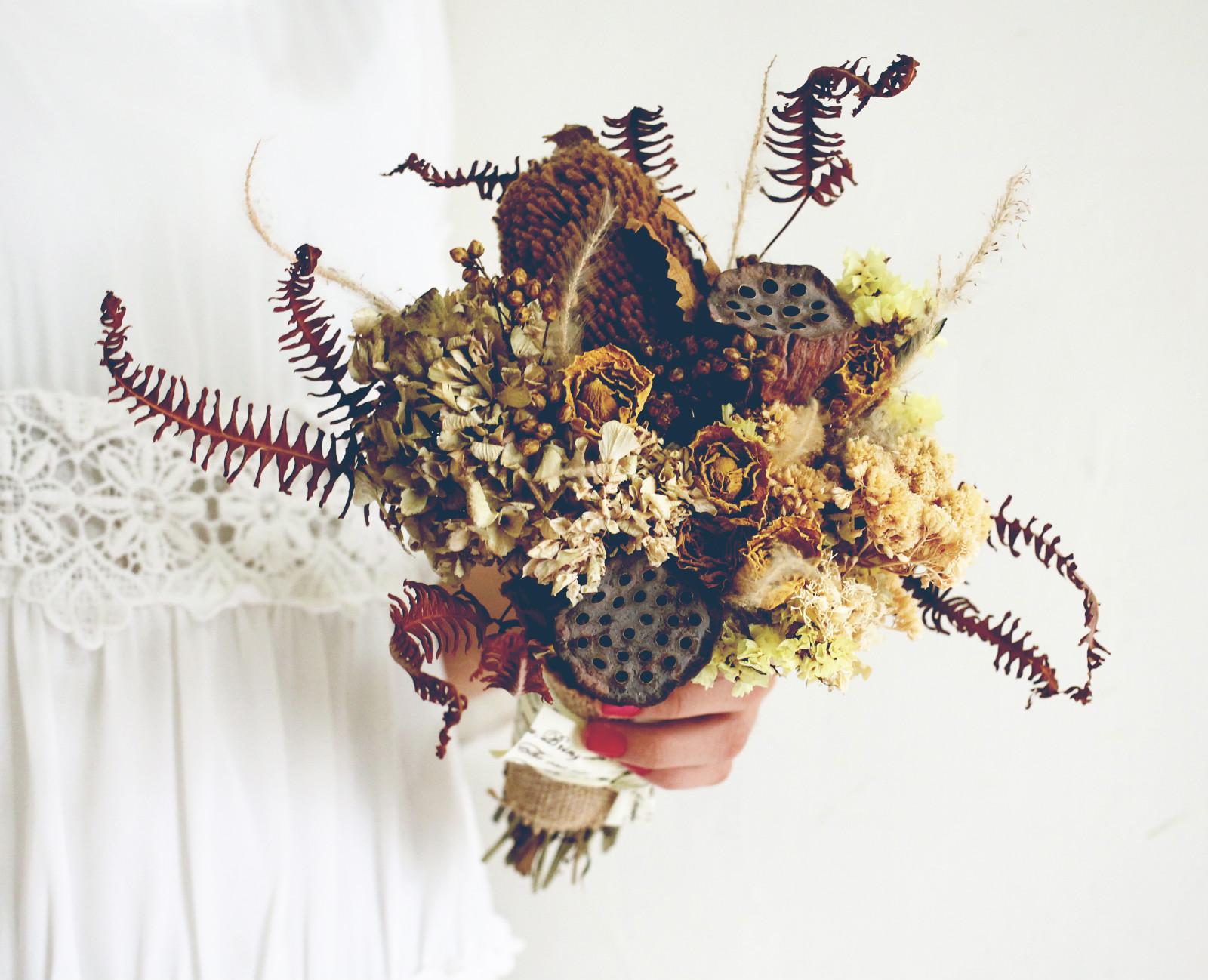 %EF%BC%A205 7 meitu 3 最受歐美派新娘喜愛的「自然風美式手綁捧花」!