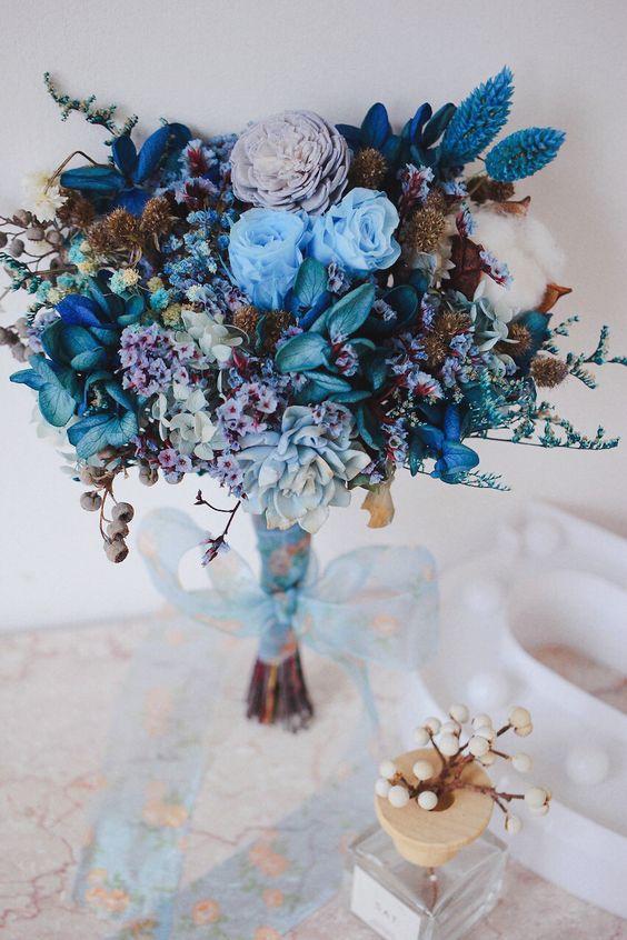 1bda9eb29a2ff2728627b5907729d6ad 新娘手上獨一無二的「訂製捧花」原來隱藏這麼多含義和細節…