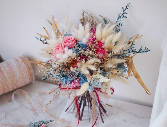 778de461eb32df18f45e2d2100142036 新娘手上獨一無二的「訂製捧花」原來隱藏這麼多含義和細節…