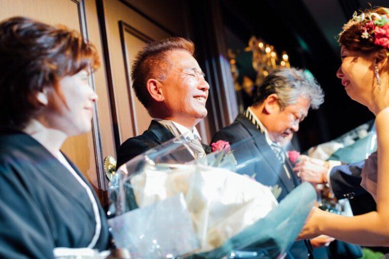 婚禮重要橋段~別忘了送上孝親花束表達你的感謝之心